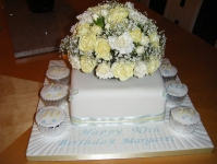 cakes_and_flowers